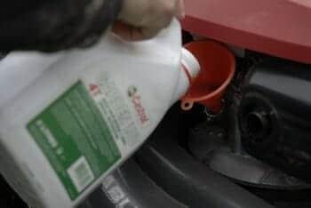 entretien tondeuse vidange huile