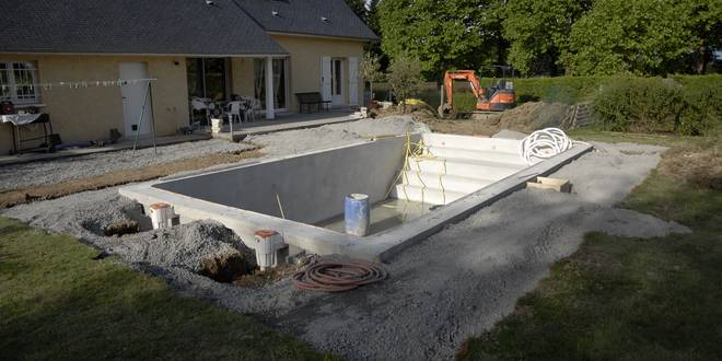 Local technique piscine installation du syst me de for Local technique piscine pool house